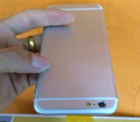 iPhone 6 流出又來了: 這次是銀色版 [圖庫]