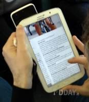 三星 Galaxy Note 8 外觀亮相,彷彿更大一號的 Galaxy Note 2