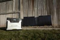 什麼 12 000mAh 的行動電源在這顆 Yeti 1250 Solar Generator 面前都遜了