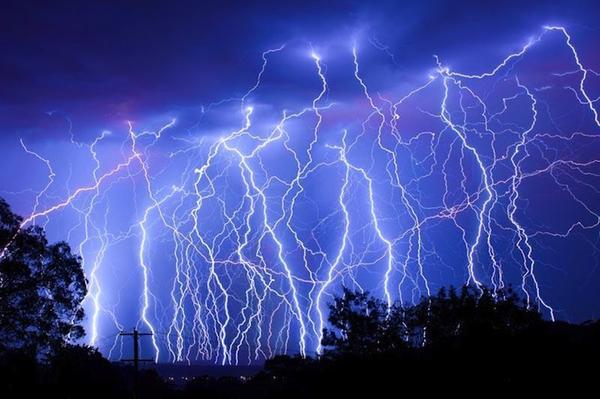 12張氣勢宏偉令人驚嘆的閃電照片