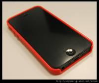 Targus Slim Fit 讓 iPhone 5 擁有緊實的握感