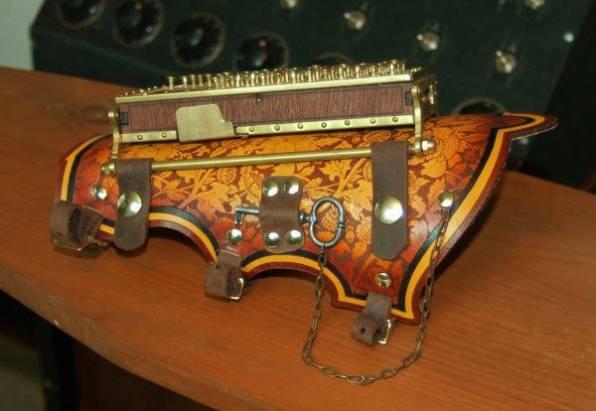 Steampunk 風格的藍牙鍵盤
