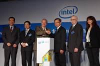 Intel 技術長再次訪台,展示一年來與台灣產學合作成果