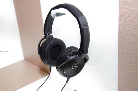鐵三角秋冬新品齊發,小改版開放耳機、新款木殼耳機與藍牙新品報到