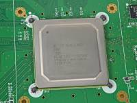 iFixit 拆解 Wii U ,記憶體為 2GB RAM 並搭載藍牙 4.0 模組