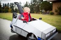 超萌「回到未來」嬰兒版,爸爸的DIY時光車