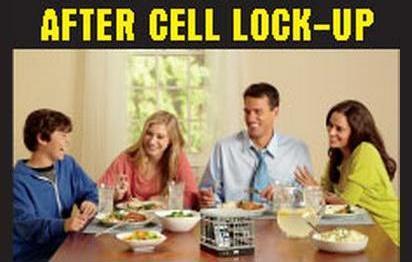 聚餐的時候,就把手機暫時關進監牢吧!