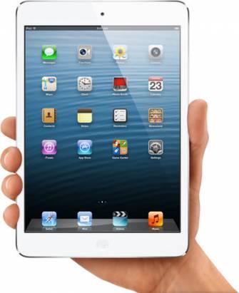 除了 7.9 吋 iPad , 9.7 吋 iPad 也一起翻新並改為 Lightning 介面