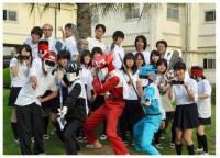 高校社團自創機器人角色變身地區英雄