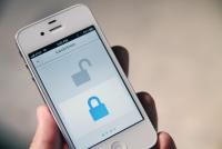 把智慧型手機變成智慧型鑰匙的Lockitron