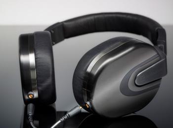 Ultrasone 首兩款耳道耳機 IQ 、 Tio 在日發表, ED8 改款可換線的羅密歐與朱麗葉