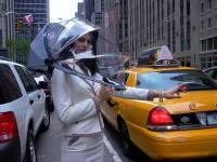 極惡天氣守護者:『雨傘頭罩』