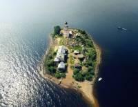 看起來像台灣迷你版的白俄羅斯小島「Спас-Камень」