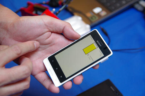 Sony Mobile 手機健檢開跑,首度公開防水機測試方法