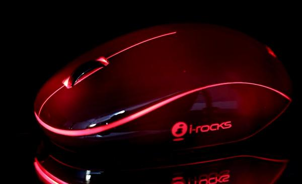 i-rocks幻彩蛹即將在台上市,以主體能發各色光為賣點的滑鼠