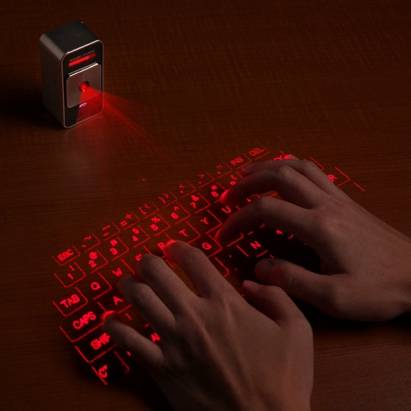 超有科幻感的雷射投影虛擬鍵盤