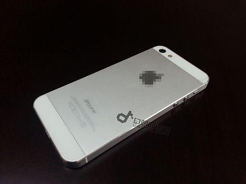 真正可啟動的iPhone 5實機洩漏, 影片開機示範 [影片+圖庫]