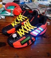 愛迪達展示 Twitter 社群概念鞋