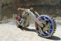 有型到爆錶!舊錶改裝復古摩托車