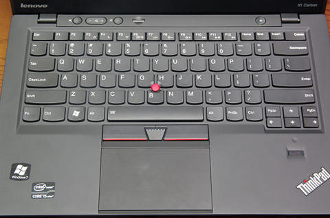 Lenovo 商務 Ultrabook X1 Carbon 將於應用展開放預購