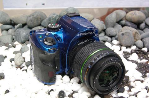 Pentax 運動單眼 K30 在台發表,含防水 KIT 售價三萬內