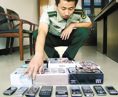 東方衞視街頭採訪:現在Nokia手機沒有人偷了