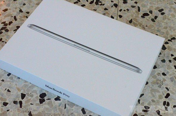 超薄新 Macbook Pro 開箱,與 Macbook Air 比一比 (相 + 影片)