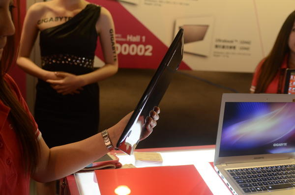Computex 2012:技嘉X11,一款頗有特色的11.6吋輕薄筆電