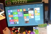 優派的觸控螢幕TD2220