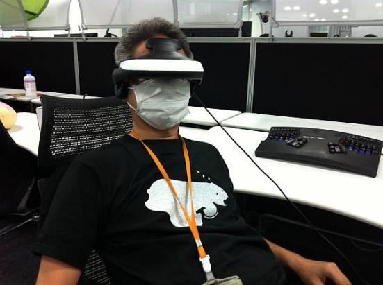 日本 mixi 工程師使用頭戴式顯示器Sony HMZ-T1 一個月的長期試用心得