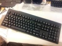還以為被放鴿子的Zippy機械式鍵盤又再度登場,要價預估落在五千元左右