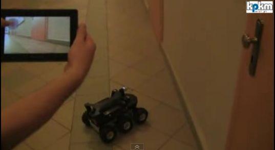 遙控車,PlayBook 也行