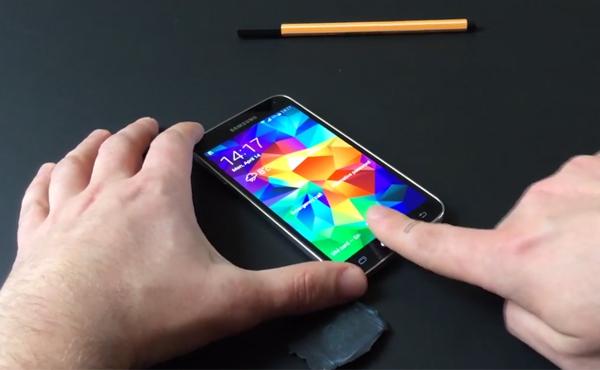 Galaxy S5 指紋掃瞄已被突破, 方法和 iPhone 5s 一樣 [影片]