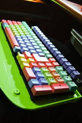 懷舊電腦維修站  遇到機械式鍵盤 ck-color