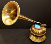 Victrola 讓 iPhone 化身為復古留聲機 有影片