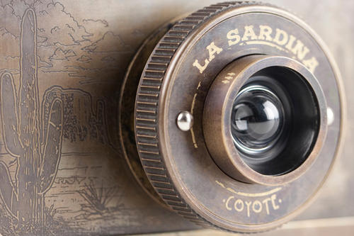 Lomography 兩款新機上市:西部懷舊風 La Sardina