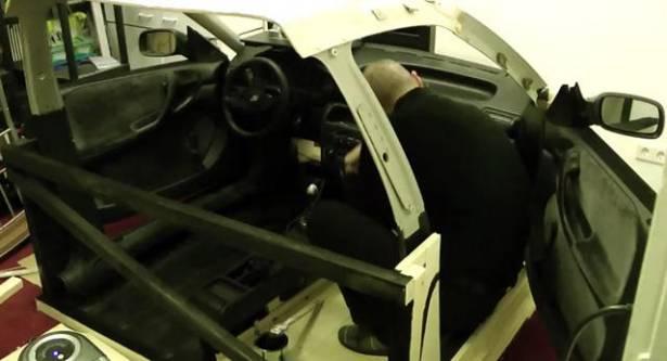 就是要這樣玩才爽!終級 D.I.Y賽車模擬機!