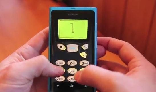 snake '97,古早味貪食蛇爬上 Windows Phone
