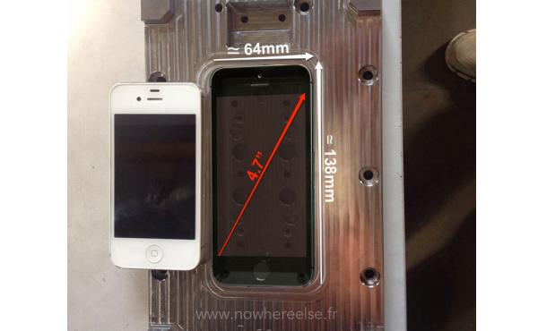 iPhone 6 模具再現: 實機並排比, 真的大很多