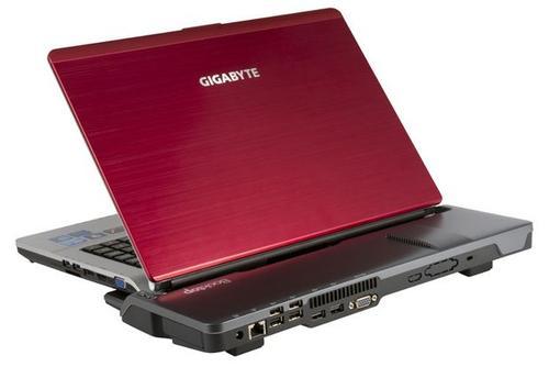 技嘉發表 T1006M 與 S1081 ,皆使用 Intel Cedar Trail