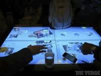3M 展示46吋 20點觸控的投射式電容觸控技術