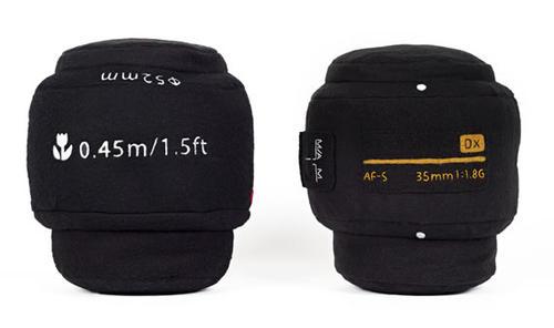 給喜愛攝影朋友用的鏡頭抱枕