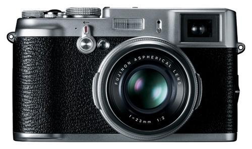 100年資訊月:如果你想要買EVIL數位相機的話……