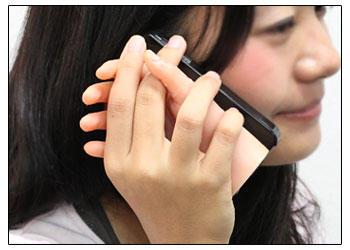 溫腥?你敢用女人之手的iPhone 4背蓋嗎?