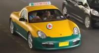 Samsung Galaxy S II廣告,讓Porsche Boxster計程車在曼谷招搖過市