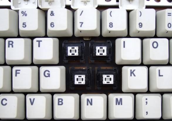 ■鍵盤史的遺跡IBM-Model 8573-P70(ALPS葉式彈簧)■
