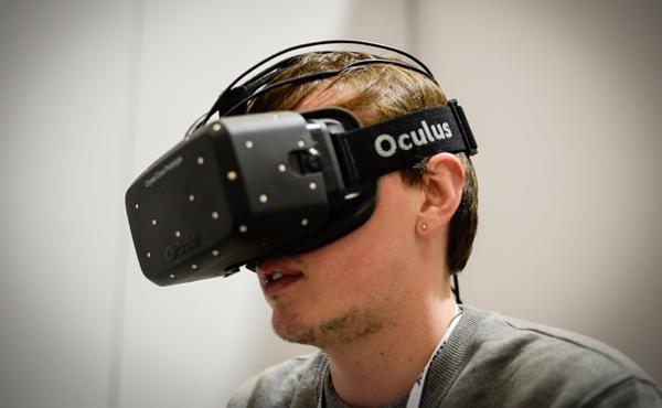 Facebook突然收購「虛擬現實」Oculus Rift: 看似沒關係, 背後原因是這樣 [影片]
