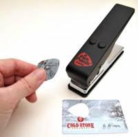 喜歡哪張卡就剪哪張,匹克打洞機