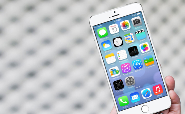 Apple 計劃突然改變, 巨屏 iPhone 不用等到明年?!