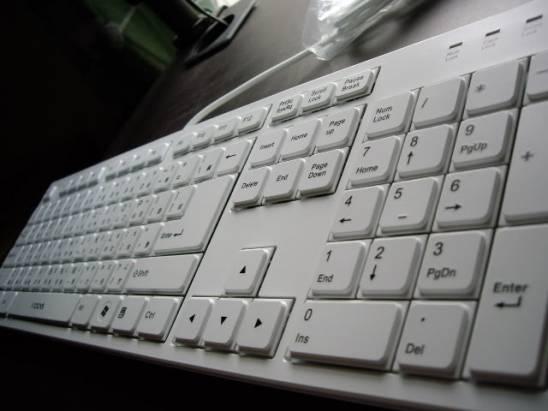 i-rocks KR-6431 全新剪刀腳架構鍵盤評測